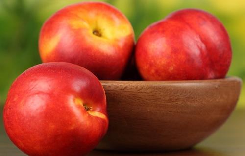 油桃的功效与作用 食用油桃的注意事项