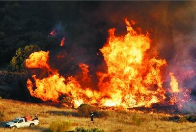 欧盟将帮希腊救火  怎么发生的火灾 救火现场