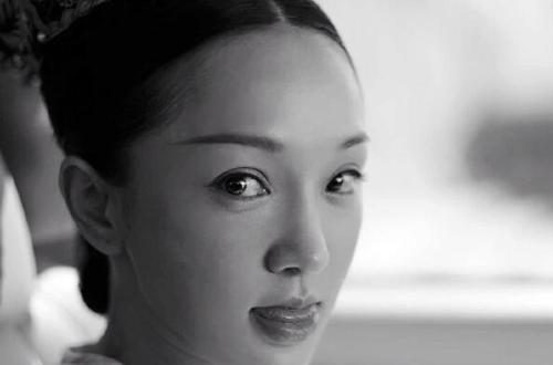 《如懿传》周迅素颜定妆照 仍然是少女的模样