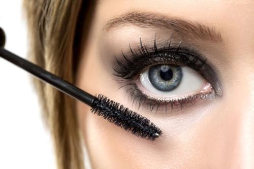 睫毛增长液可以涂眉毛吗 睫毛赠长液可以永久吗  睫毛赠长液有没有损害