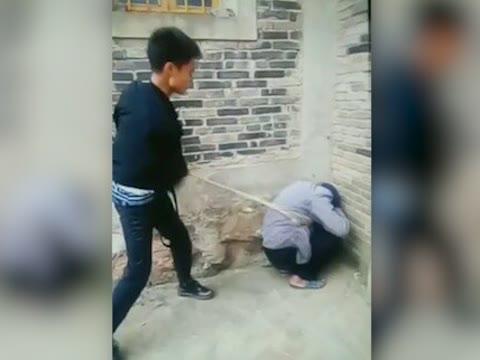殴打老人男子被捕 这是怎么回事 真是太歹毒了