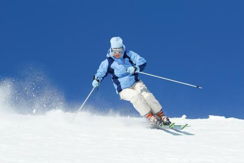 滑雪可以戴隐形吗 滑雪戴隐形还是框架 哪个更好