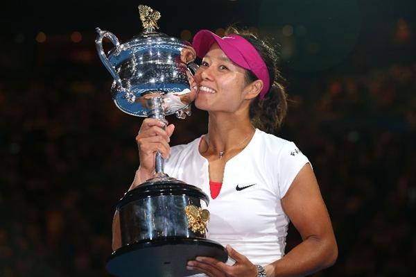李娜入选名人堂 成为首位进入国际网球名人堂的中国球员 详情介绍