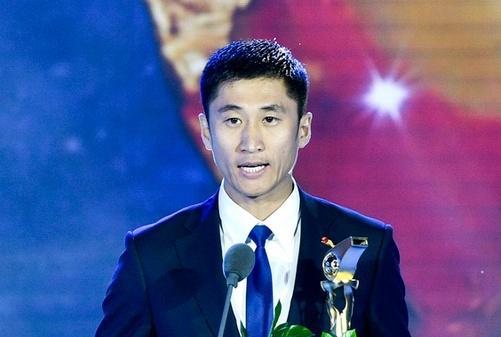 马宁 亚洲杯决赛 马宁将担任第四官员 详情介绍
