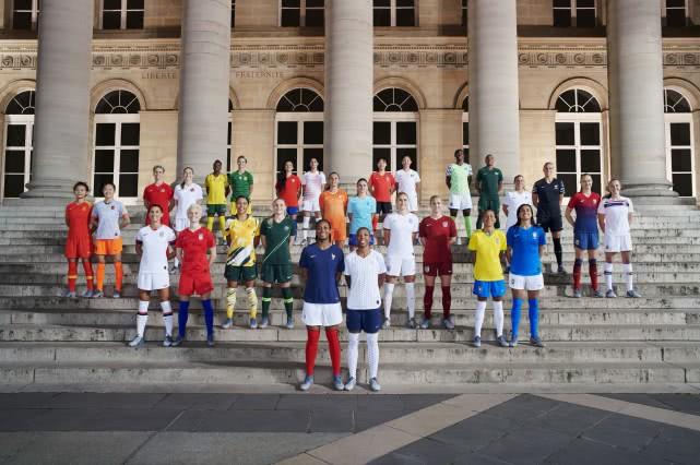 女足世界杯球衣 是什么情况 客场