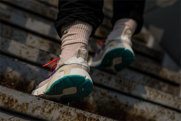 adidas lxcon测评 机能跑鞋中的王者