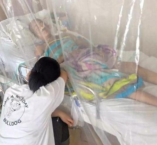 高三女孩棄考救母 高考可以重來 媽媽的生命只有一次